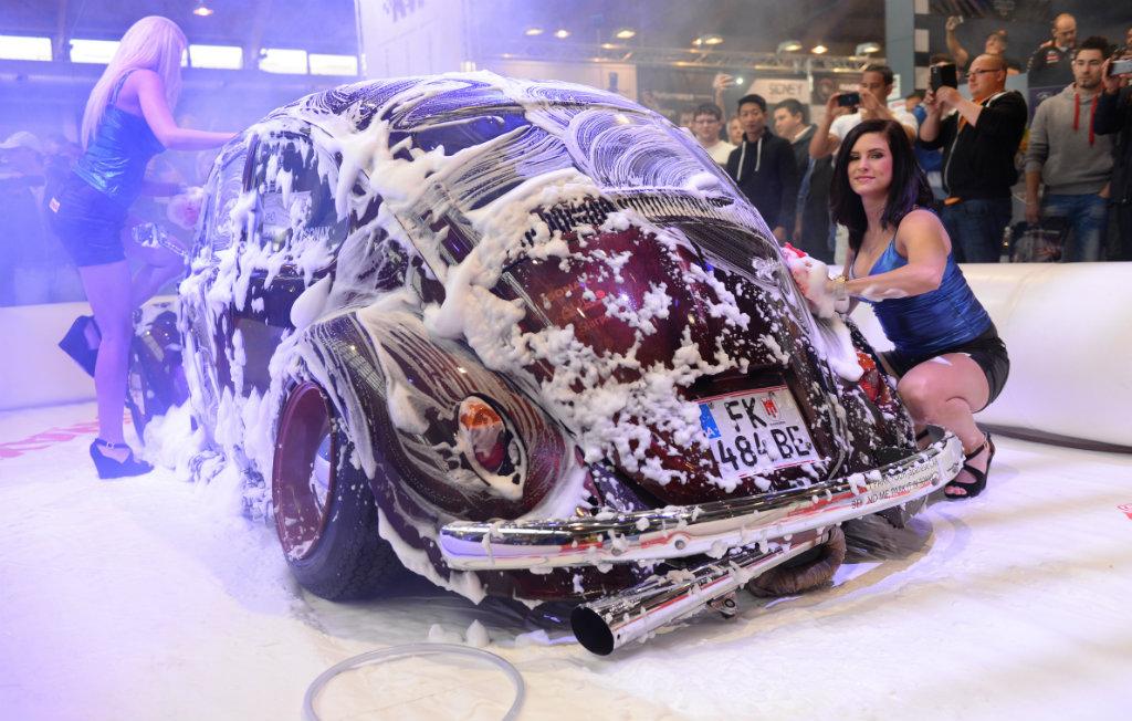 B3: Sonax Car Wash
