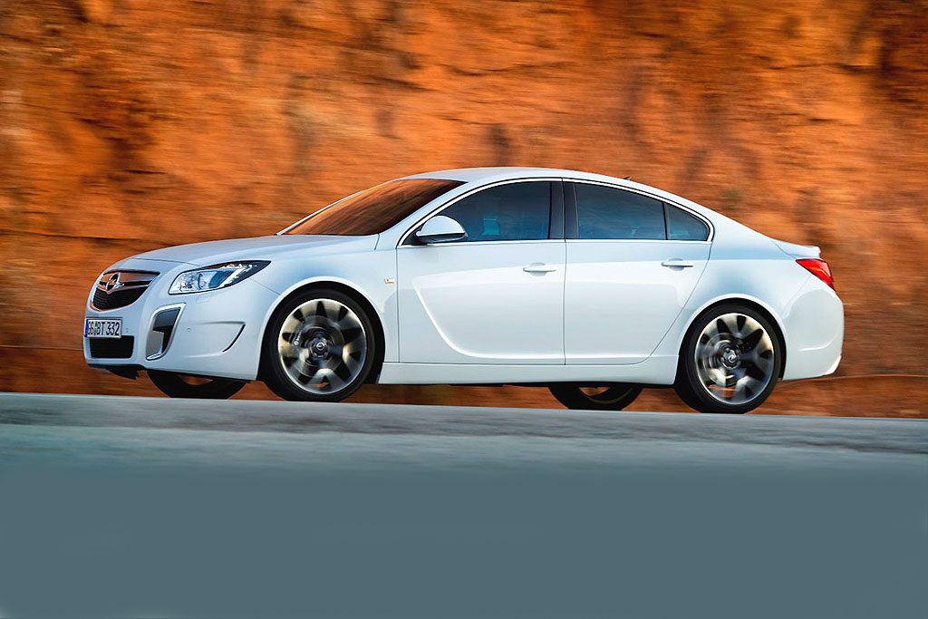 opel insignia opc blitzlicht auto tuning news. Black Bedroom Furniture Sets. Home Design Ideas