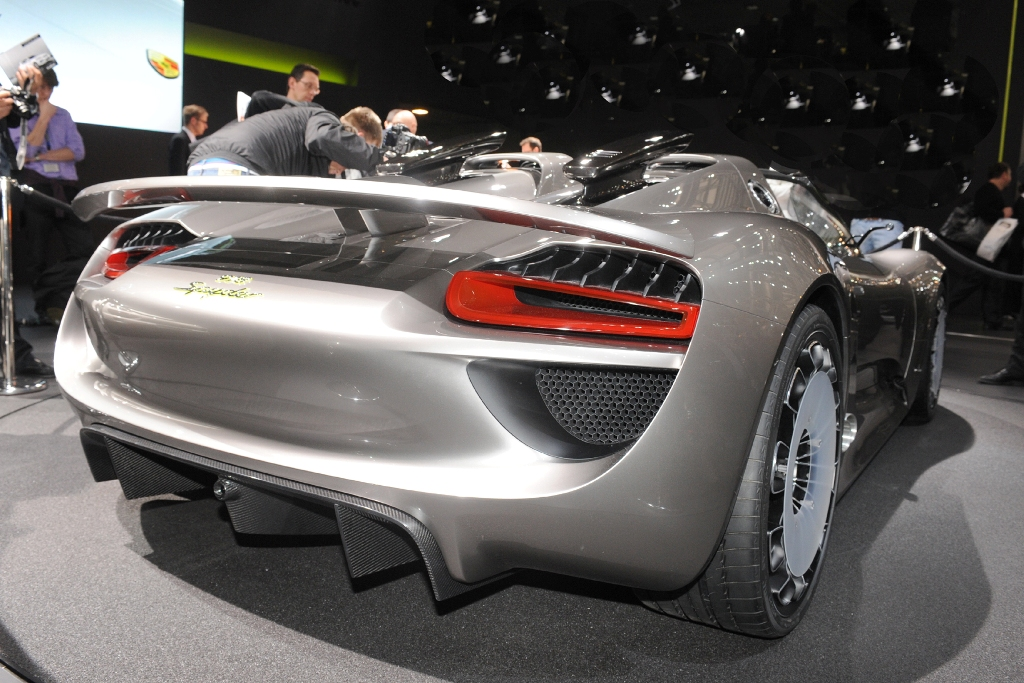porsche 918 super spyder auto tuning news. Black Bedroom Furniture Sets. Home Design Ideas
