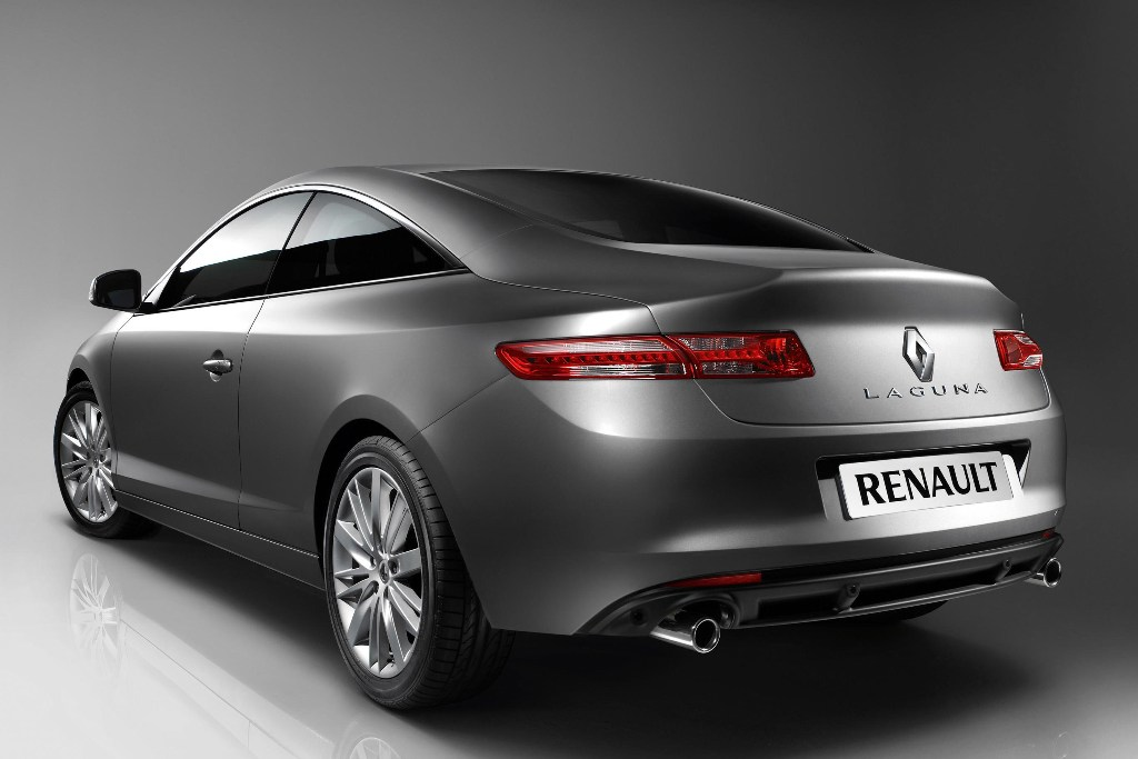 tr s chic renault laguna coupe auto tuning news. Black Bedroom Furniture Sets. Home Design Ideas