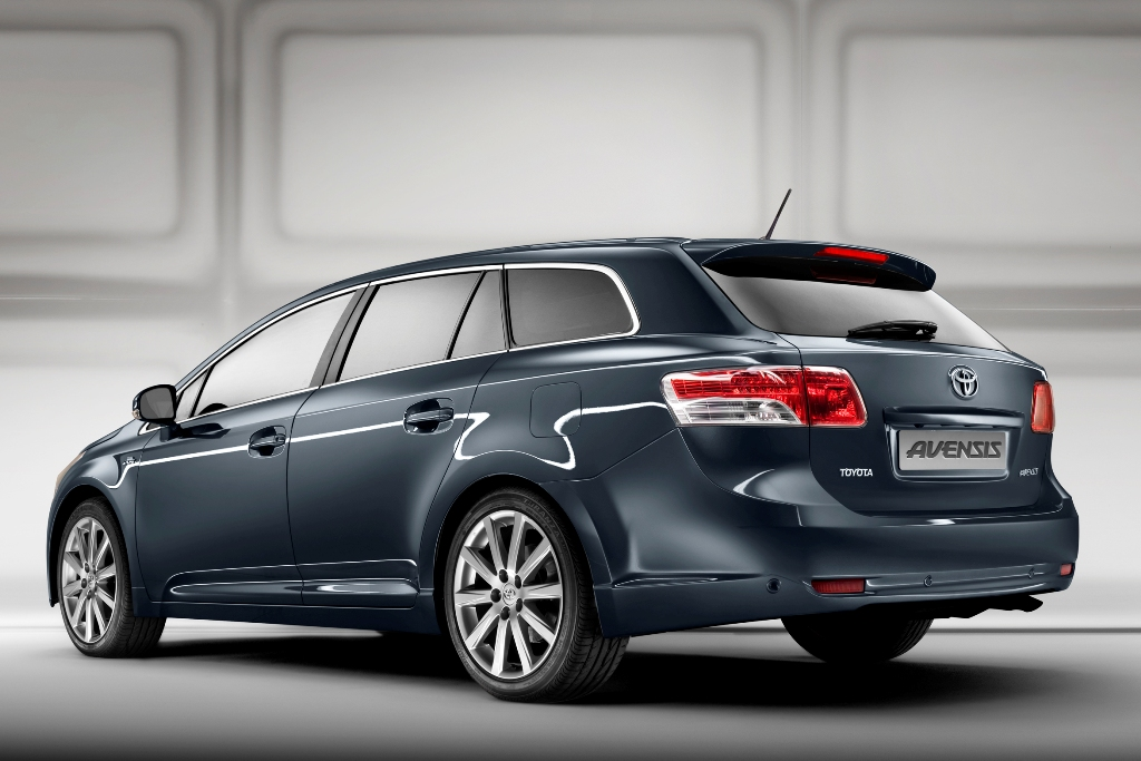 der neue toyota avensis auto tuning news. Black Bedroom Furniture Sets. Home Design Ideas