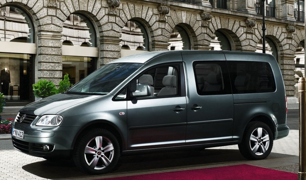 stretch limousine von vw caddy maxi life auto tuning news. Black Bedroom Furniture Sets. Home Design Ideas